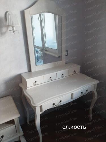 Туалетный столик Флоренция 401 из массива