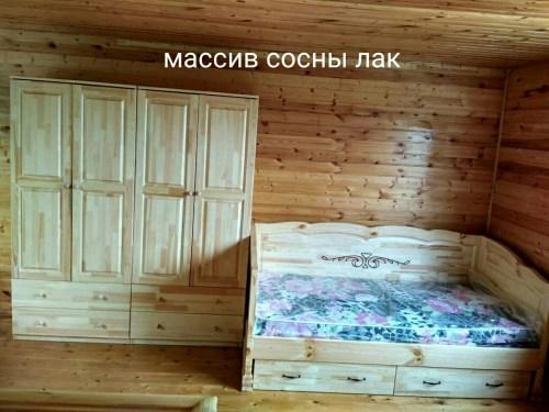 Кровать Муза с 3-мя спинками из массива