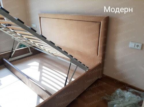 Кровать Модерн из массива